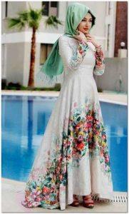 Yeni Yılda Moda Çiçekli Elbiseler