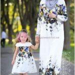 Analı Kızlı Çiçekli Abiye Elbise