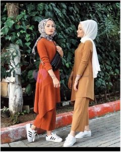 Tesettürlü Bayanlara Özel Triko Tunik Modelleri