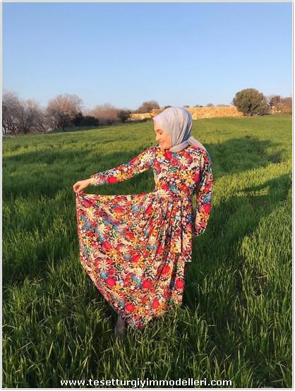 Çiçekli Elbise Modelleri Yeni Sezon