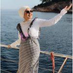 Deniz Kenarında Giyilen Jile Elbise Tesettür